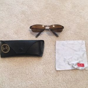 Rayban sunglasses with case and cleaning cloth